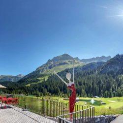 Golfclub aussen Terrasse 04_equi_equi