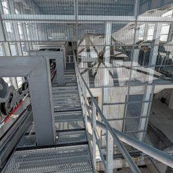 Kaprun - Bergstation_Technik_Einfahrts-Stütze links mitte