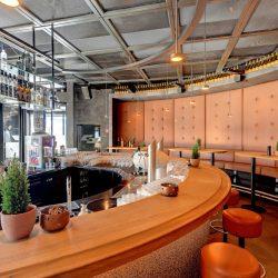 Slides_Bilder_node21_Restaurant Schlegelkopf